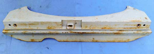 with the rear valence removed, you could see the areas of surface rust