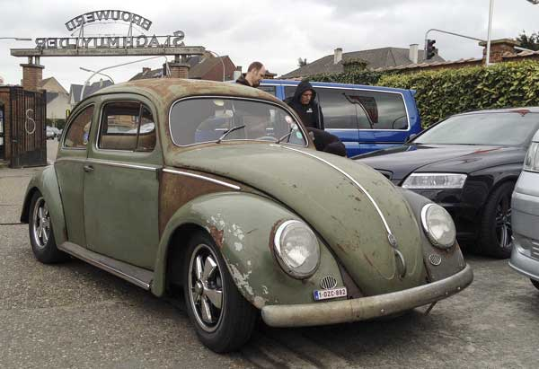 beautiful survivor oval bug with a new high performance engine still being run in