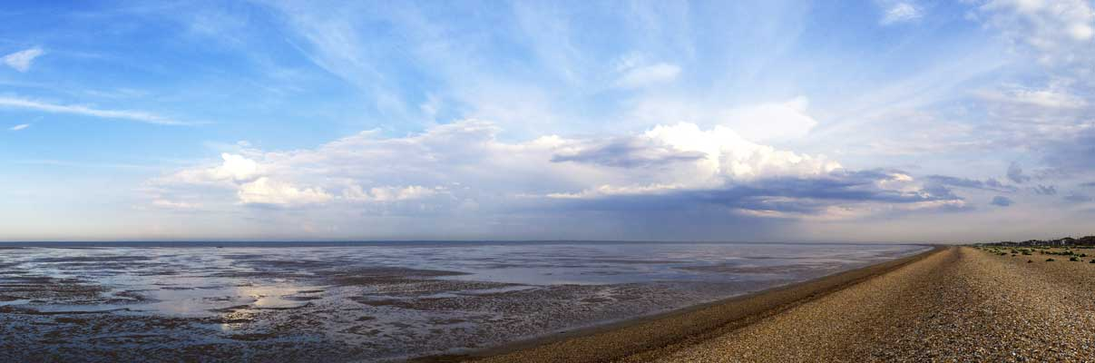 a beautiful sky-scape panorama to finish the day off at Romney Sands
