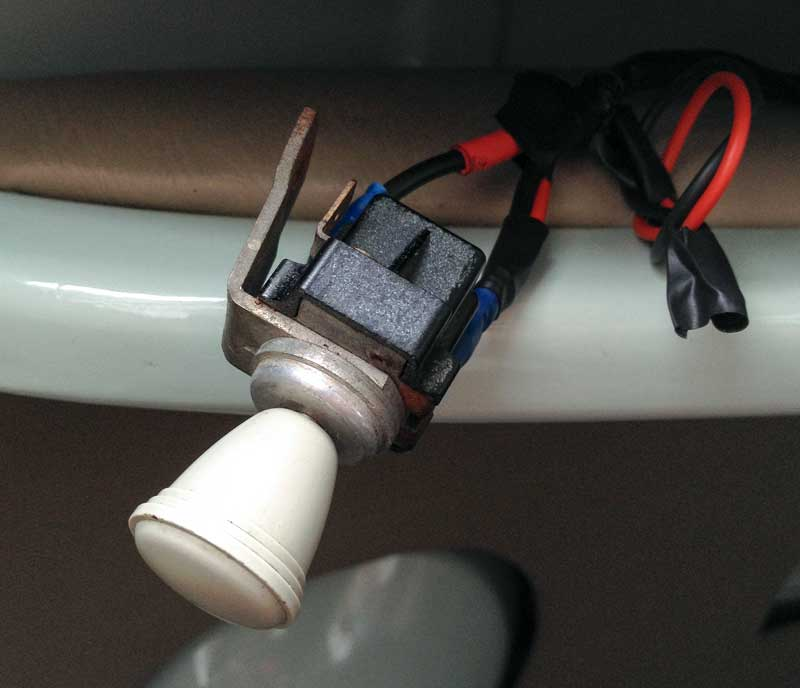 pull switch control for the heated front windscreens